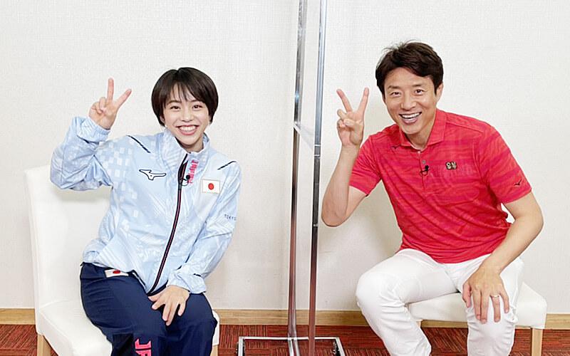女子体操村上茉愛選手と松岡修造